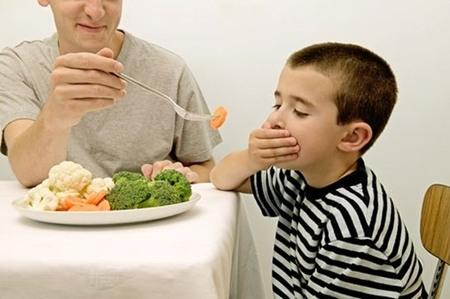Mách mẹ cách đơn giản trị biếng ăn ở trẻ